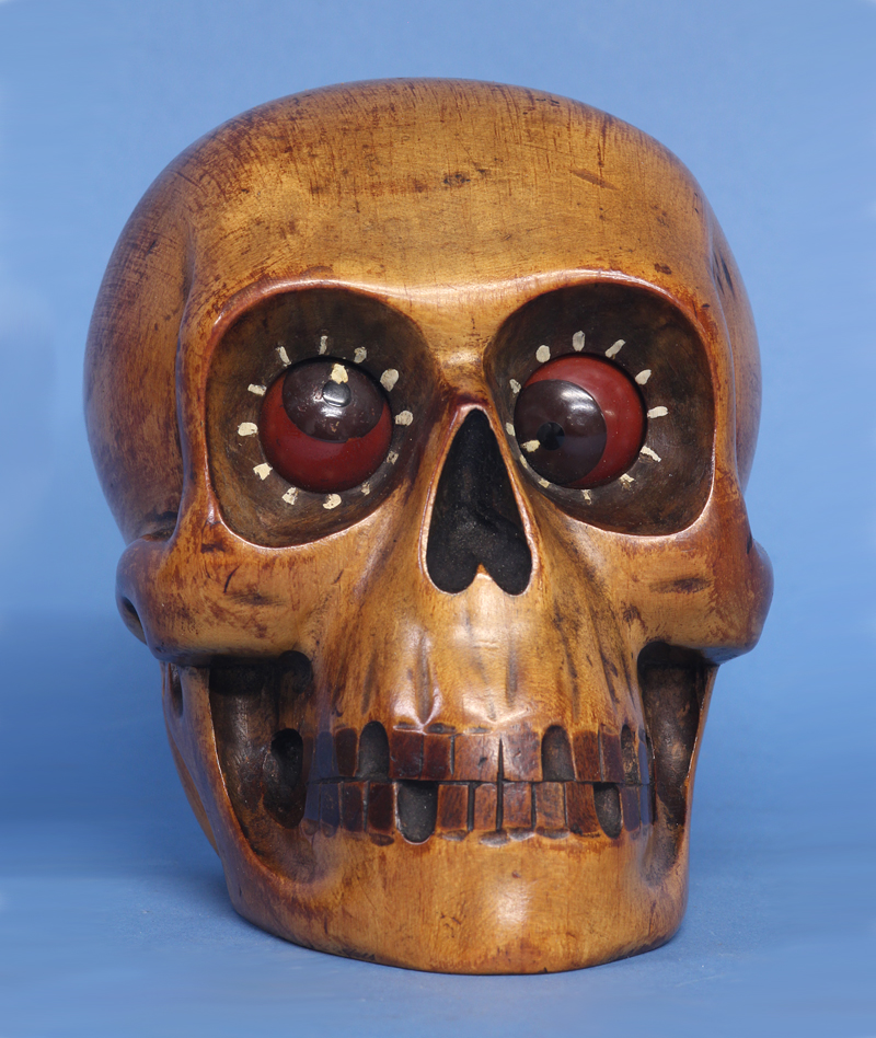 Oswald Rotating Eye Skull Clock.