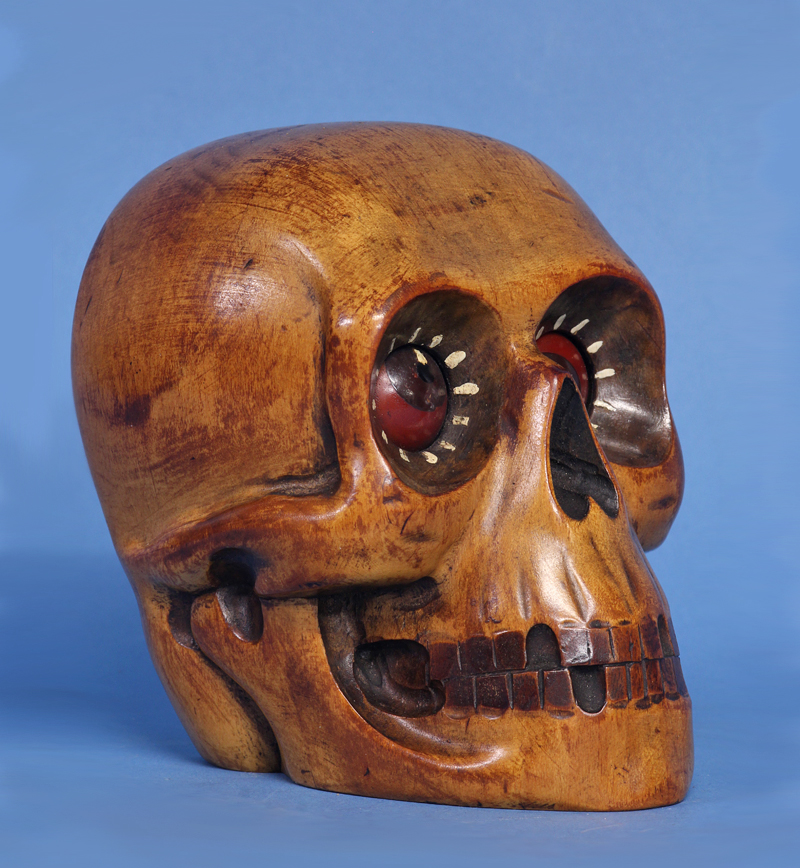 Oswald Rotating Eye Skull Clock.