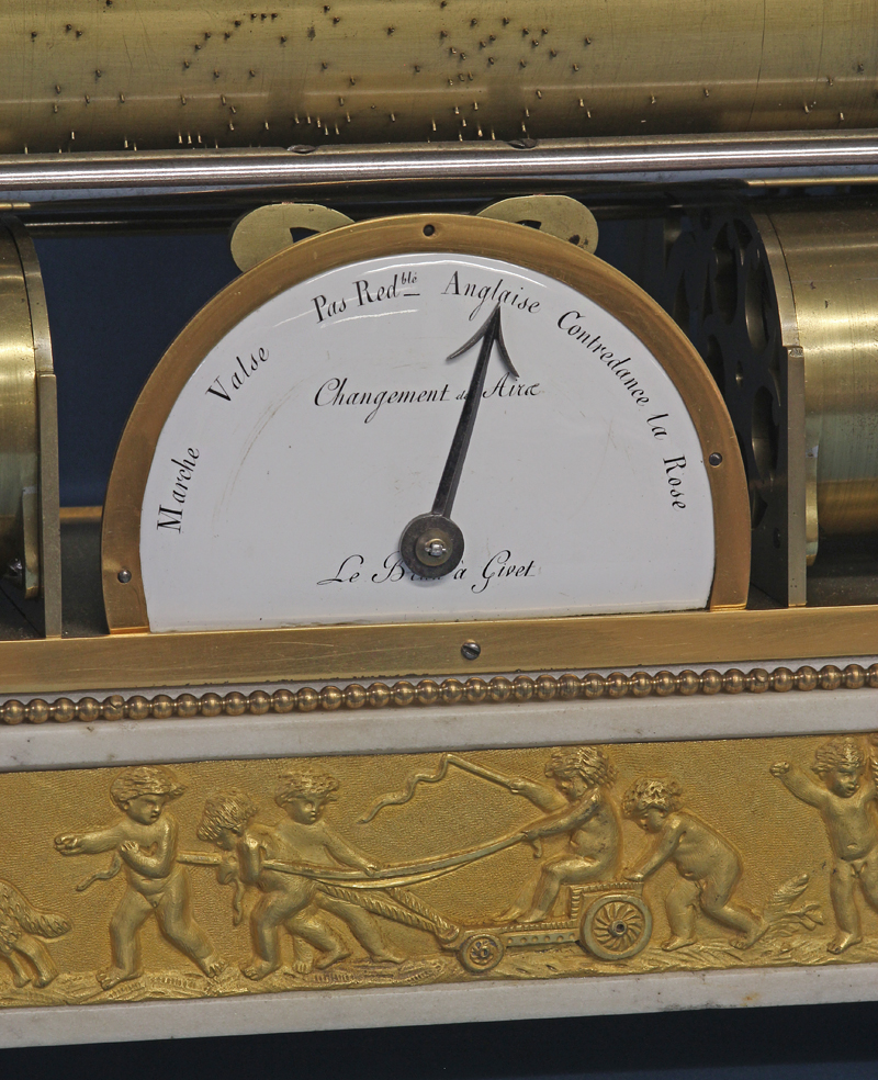 Musical Mantle Clock